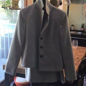 Evan picone suit